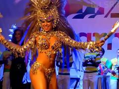 Fantasias De Carnaval Vivi Brunieri Cena1