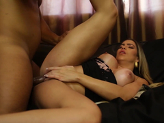 Sexo apaixonado loira brasileirinha