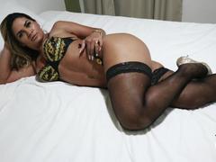 Luna Oliveira faz sexo com fã