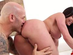 Milf safada adora porno sem camisinha