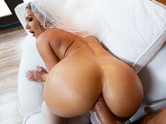 Sexo anal tesão com noiva gostosa dando o cu na lua de mel