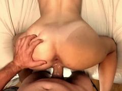 Sexo de quatro com esposa dando gostoso