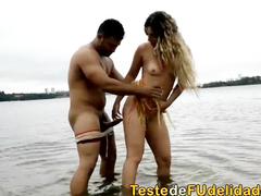 Flagra de sexo na praia com Patricia Kimberlly