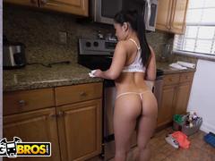 Empregada gostosa fazendo porno com o patrão