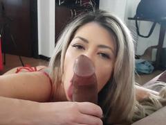 Barbara Ferrari fazendo boquete gostoso
