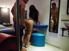 Pornô real amador com novinha dando no motel